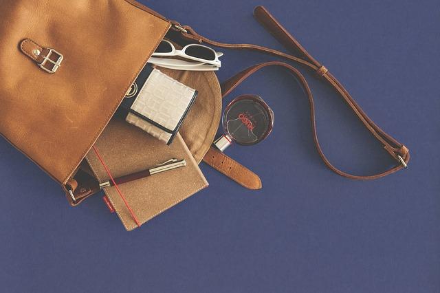 9 vecí, ktoré nesmú chýbať vo vašej kabelke