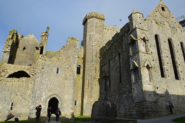 Hrady Írska blízko hlavného mesta